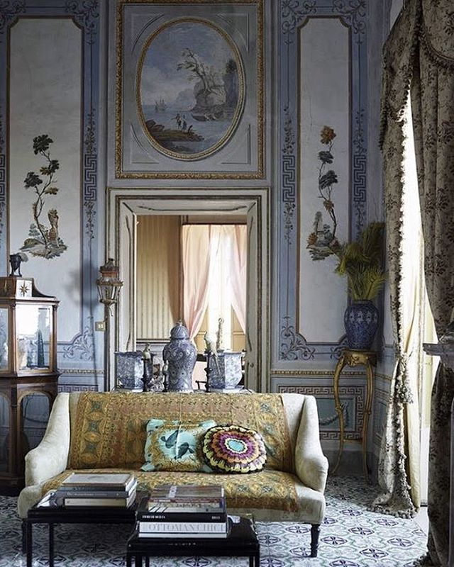 The glorious Villa Valguarnera in Sicily was the inspiration for Cinema Paradiso director, Giuseppe Tornatore when he created Dolce and Gabbana's most famous perfume commercial. We can clearly see why! #DolceandGabbana #amazinginteriors #Italian #renaissance