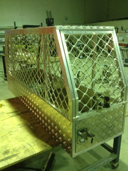Custom Aluminium Ute Dog Cages And Animal Transportation