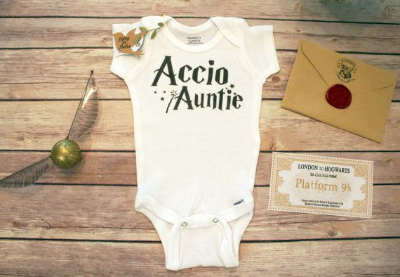 Accio Auntie! Harry Potter baby Onesie® perfect for a boy (or girl) with Accio Auntie wand and stars. What magical little one wouldnt use the