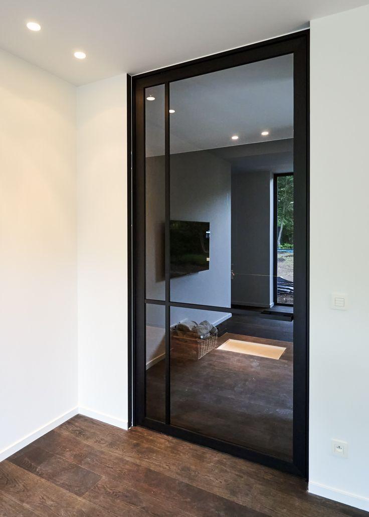 Steel look pivotdeur op maat - ANYWAYdoors