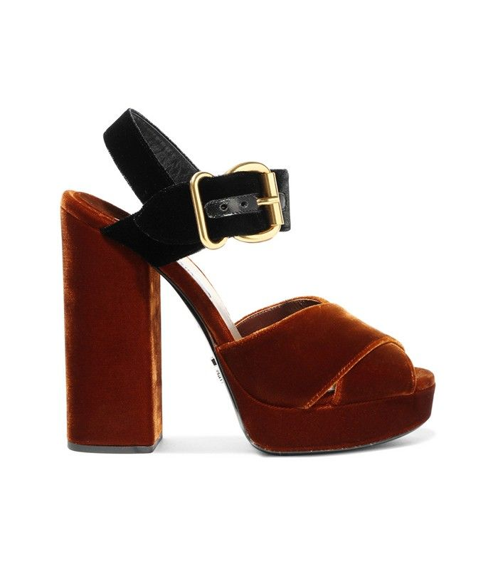 You Need to Start Wearing This Gorgeous Fall Shoe Trend Right Now via…