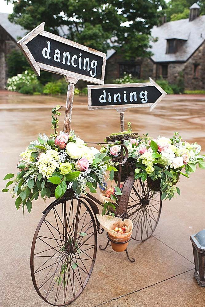 Shabby & Chic Vintage Wedding Decor Ideas ❤ See more: http://www.weddingforward.com/shabby-chic-vintage-wedding-decor-ideas/ #weddings #decorations