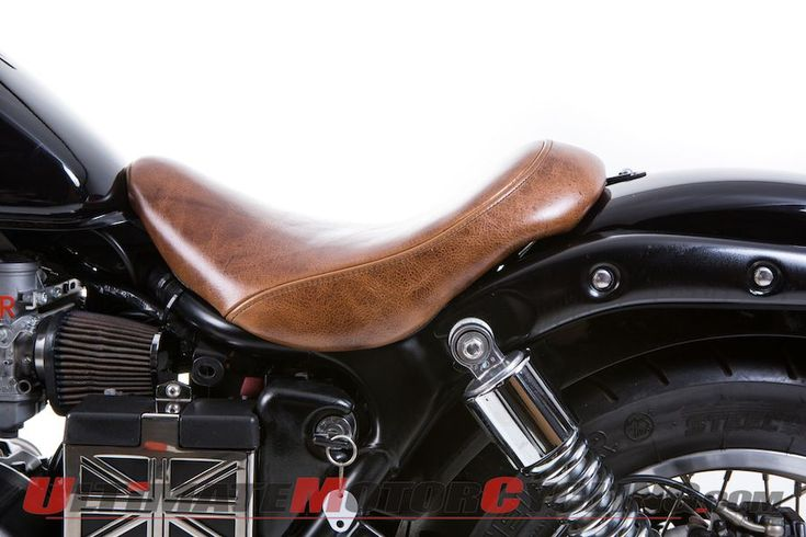British Customs Low Solo Seat for Triumph America & Speedmaster