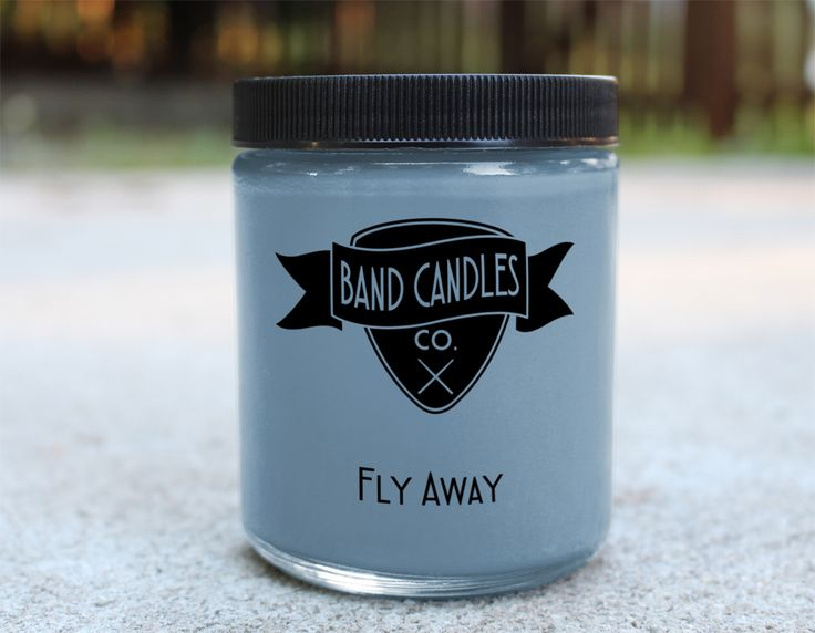 This candle mixes the freshness of California with the fierce New York state of mind.  Candle size:  8 oz.   100% Soy Wax   Burn Time: Approximately 65 hours  Made to order: Please allow 3-5 days for production.  U.S. shipping usually takes an additional 2-5 days.  International orders ca...