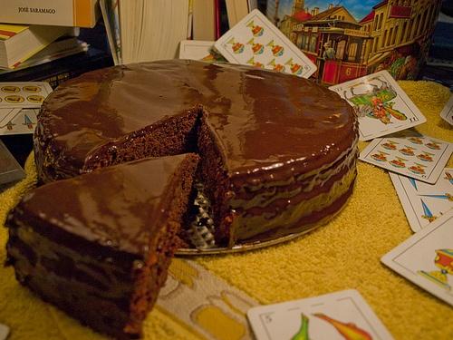 "Tarta de chocolate - ""Matilda"", Danny DeVito, 1996 http://elcinematofago.blogspot.com.ar/2012/06/tarta-de-chocolate-matilda-danny-devito.html"