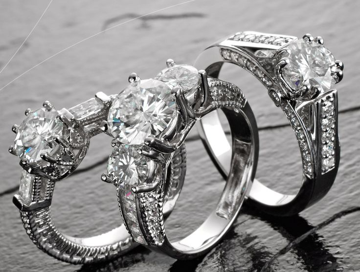 Diamonds are sought after in the jewelry world because they are viewed as the ultimate gemstone for engagement rings, wedding rings, and Valentine's Day presents. Elevating a diamond's overall wort...