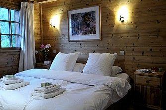 Cosy bedroom   Luxury Chalet Valhalla   Vacances à la Montagne   Ski & snowboard Chamonix