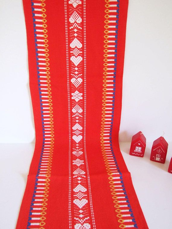 Scandinavian Table Runner vintage // Red 1970s Swedish