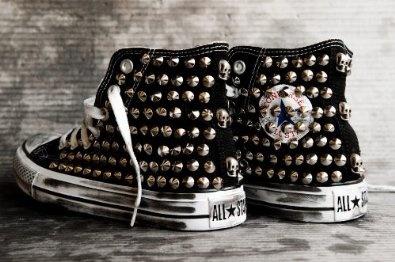 Scarpe Converse All Star con borchie studded customizzate