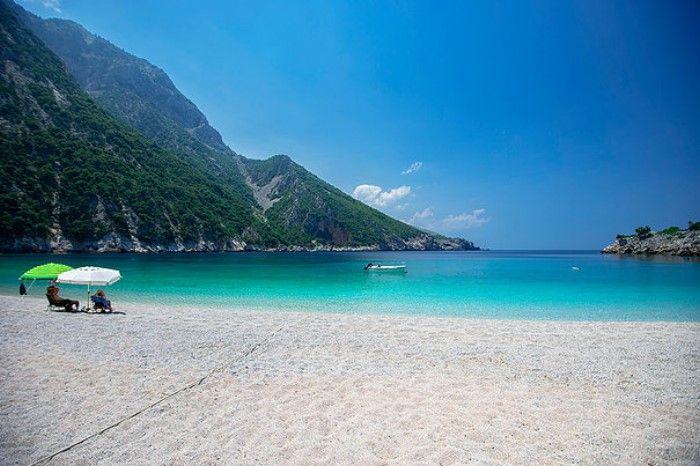The magnificent emerald sea of Thapsa on Evia Island ❤