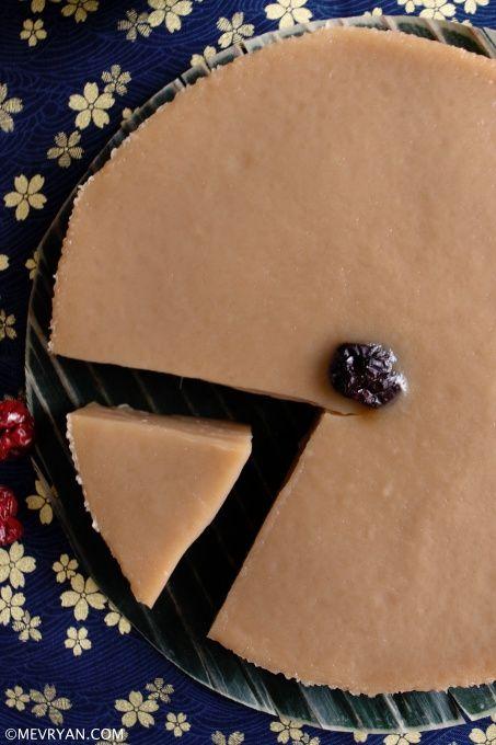 Chinese rijstcake, nian gao © mevryan.com #rijstcake #Chinees #gerecht #koken #nieuwjaar #snack #ketanmeel #rijstmeel