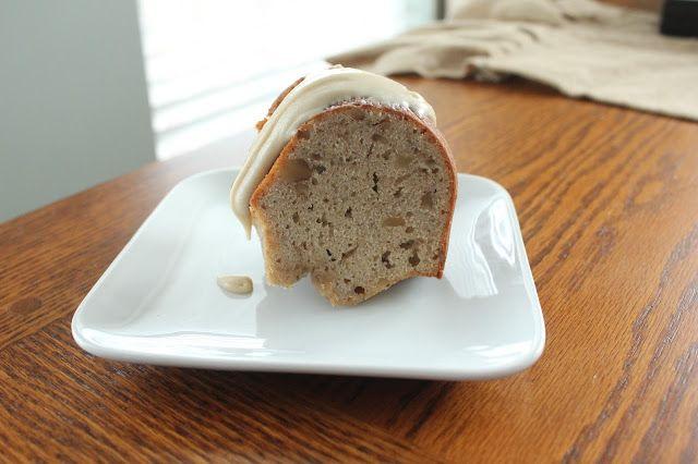 Roasted Banana and Black Walnut Bundt Cake #BundtBakers via @tsteffes