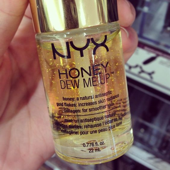 NYX Honey Dew Me Up Primer is a new makeup primer inspired by the golden glow of honey. Honey Dew Me Up Primer is formulated to neutralize discolorations