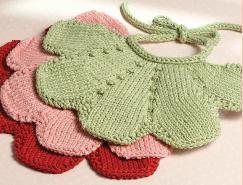Free Knitting Patterns For Baby Bibs : 15+ best ideas about Crochet Baby Bibs on Pinterest Crochet bib, Crochet ba...