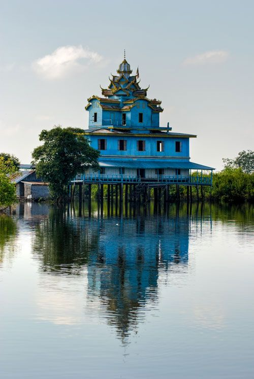 Cambodge - La maison bleue près de Battambang                              …