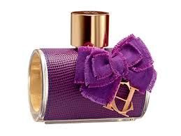 Perfumes are best to impress her