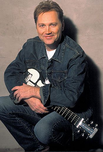 Steve Wariner-Played with Steve in '99 @ Pat Garretts Amphitheatre. A sweetheart of a guy ans a hell of an entertainer.