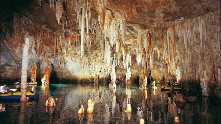Εν Ελλάδι: To εντυπωσιακό «Σπήλαιο των Ελεφάντων» στην Κρήτη