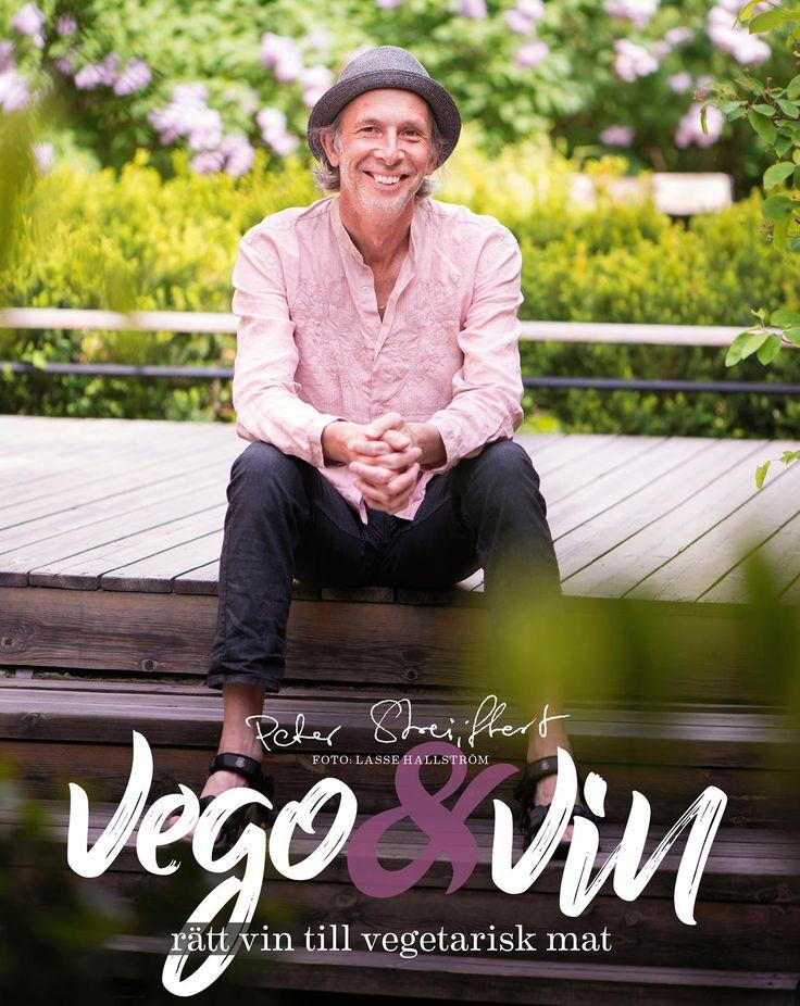 Julklappstips! Just nu kan du fynda Vego & Vin hos Bokus. Den ingår i deras pluskampanj för november.   #vego #vin #vegetarisk #vegetariska #recept #mat #matlagning #kokbok #kokböcker