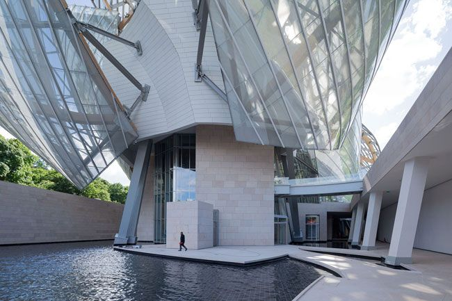 Fondation Louis Vuitton by Gehry Partners http://clementineetchocolat.com/fondation-louis-vuitton/
