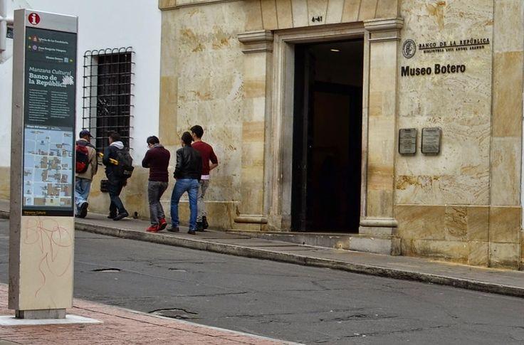 """Fotoviaje: Bogotá, Colombia. Día 1 """"El Banco de la República,..."""