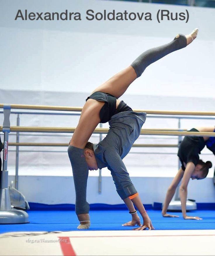 Alexandra SOLDATOVA (Russia) ~ Ballet training  @ WC Kazan 2016  ❤️❤️  Photographer Oleg Naumov.