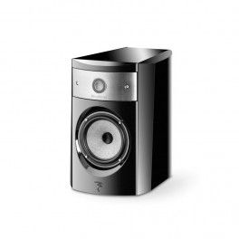 The high end bookshelf speaker Electra 1008 Beembodies Focal's know-how in terms of high-end compact loudspeakers. Price £3,045 from www.theaudioworks.co.uk #focal #speaker