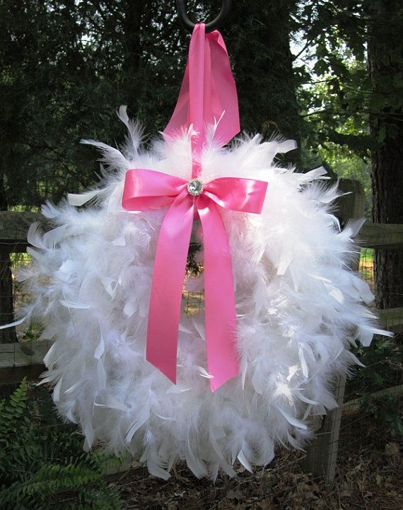 Stork wreath!  Could make using feather boas or other craft feathers. #featherboa #feathers