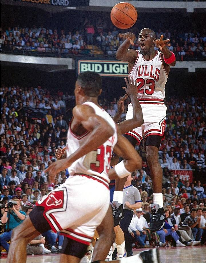 new products a3c1f b6526 Michael Jordan makes a midair pass to Scottie Pippen against the Detroit  Pistons in Game 3 of the 1990 Eastern Conference Finals. Jordan s 47 points  and 10 ...