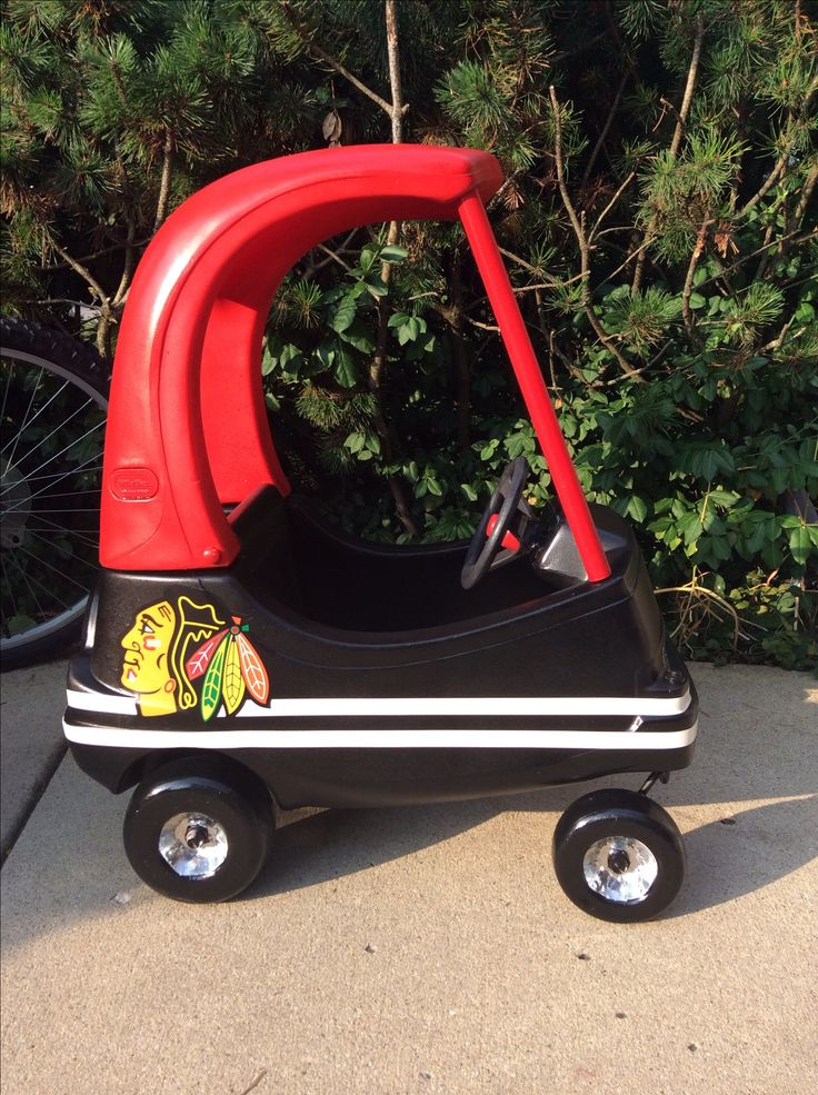 Used little tikes coupe turned into an awesome Chicago Blackhawks car!