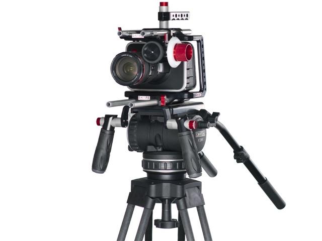 Blalckmagic cinema camera and SHAPE shoulder mount / Follow focus on Cartoni C20S tripod