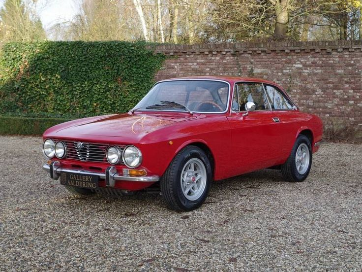 1977 alfa romeo gtv 2000 for sale 1895477 hemmings motor news alpha romeo alfa romeo gtv. Black Bedroom Furniture Sets. Home Design Ideas
