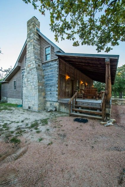 22 best texas chic architecture images on pinterest for Log cabin plans texas