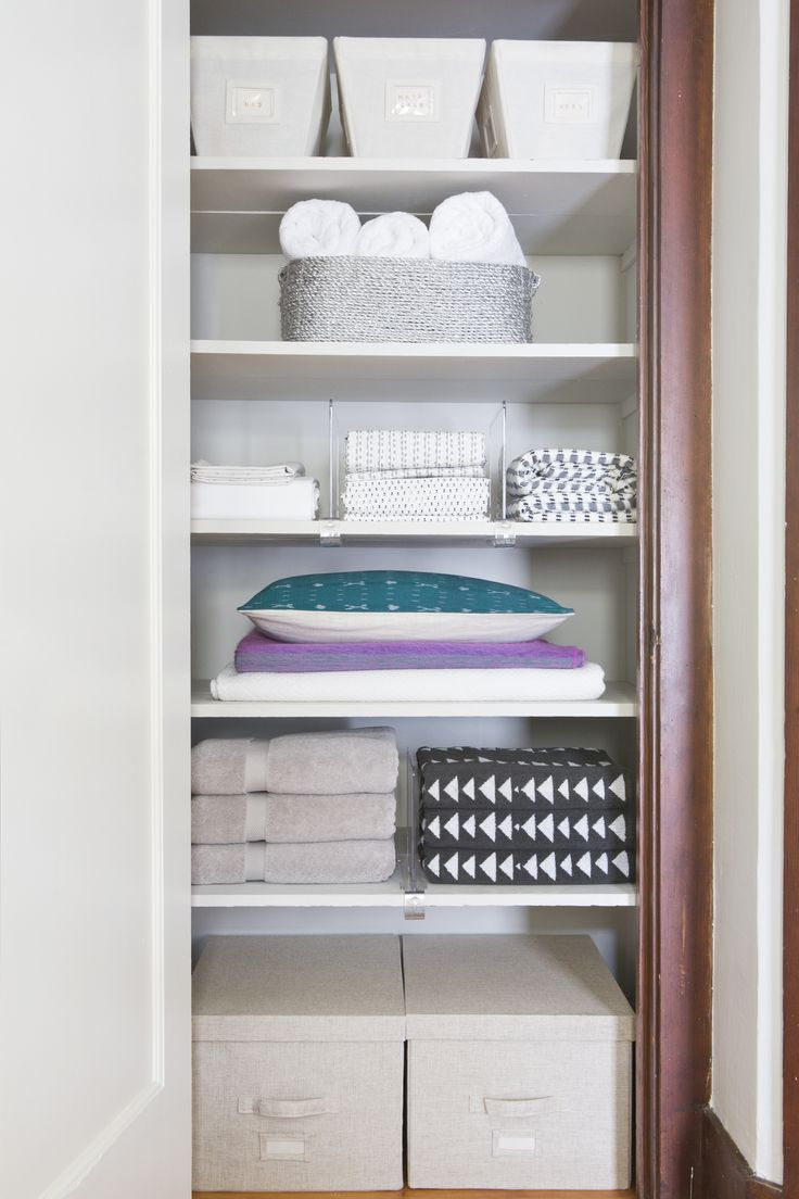 Captivating Linen Closet Organizing // How To Organize U0026 Style Your Linen Closet Like A  Professional Amazing Pictures