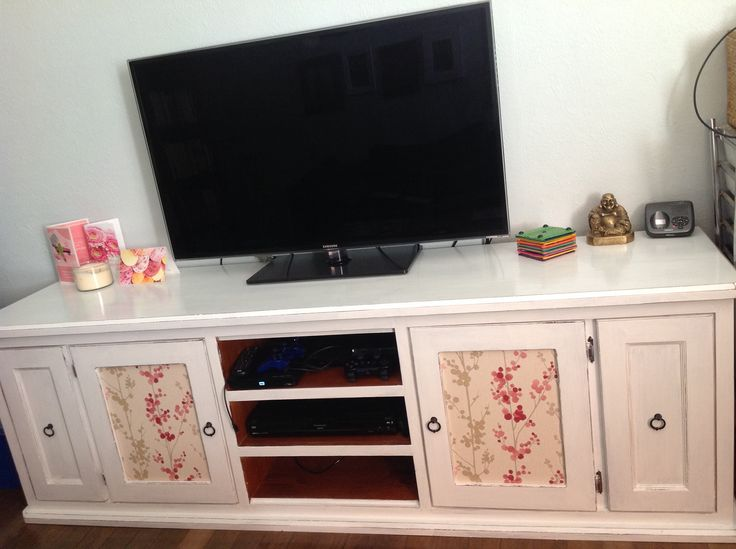 Shabby Chic TV Unit With Wallpaper Insert