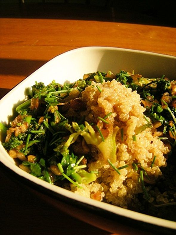 Teriyaki Quinoa with Broccoli and Spinach