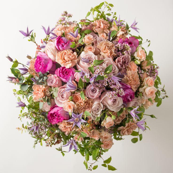 Livraison bouquet fleurs roses Piaget et clématites - A Passage to ...