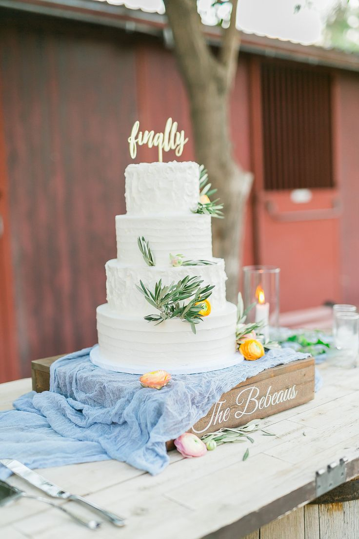 peach themed wedding cakes 17 best ideas about blue wedding on blue 18140