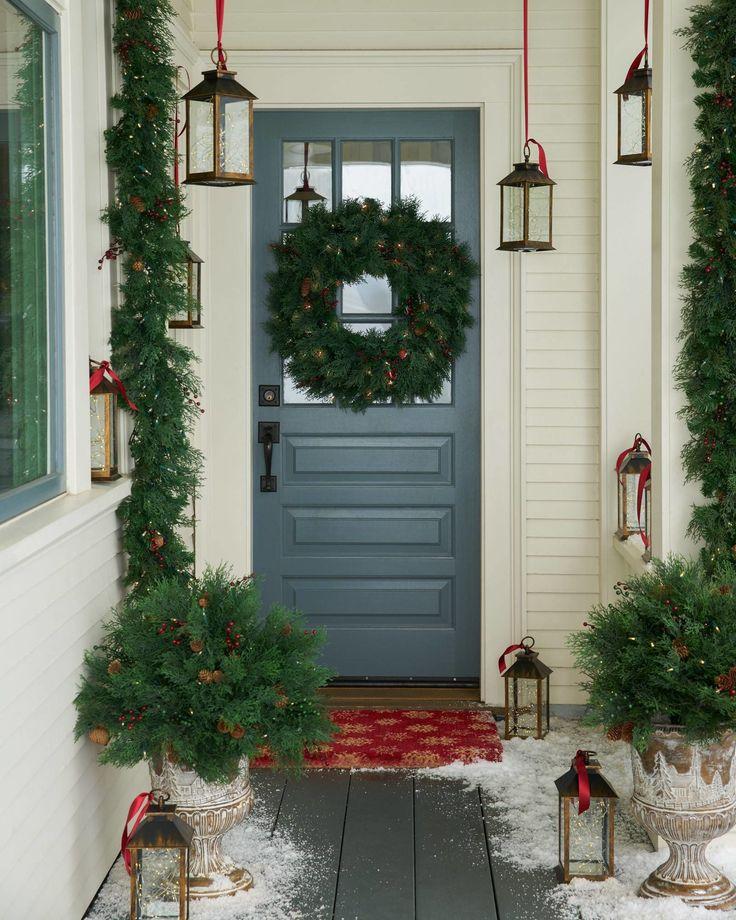 25+ Unique Christmas Pathway Lights Ideas On Pinterest