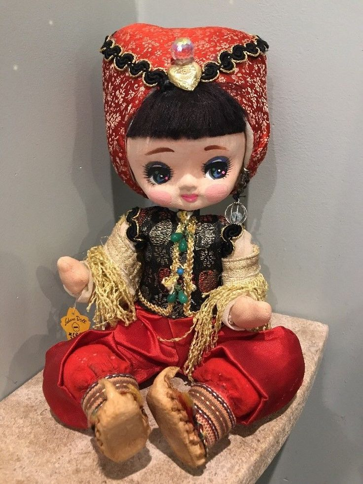 Beautiful Vintage Big Eye Sakura Doll Japan 1960's Cloth Arabian Genie Bradley