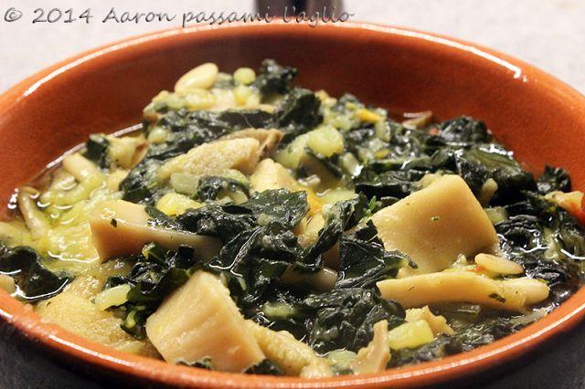 """""""Aaron passami l'aglio"""": TRIPPA STUFATA CON CAVOLO NERO"""