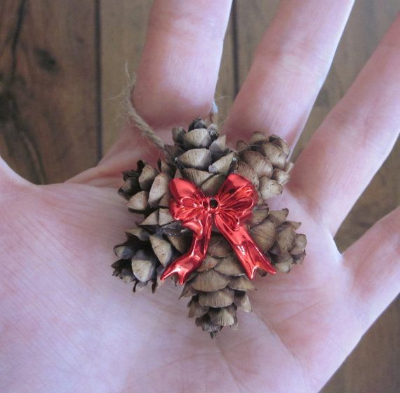 Mini Pine Cone Ornament Wreath with a Red Bow, Country Christmas Gift Topper, Primitive Holiday Decor, Rustic Pinecones