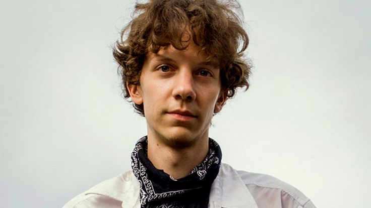 Why The Media Ignores Jeremy Hammond While Praising Edward Snowden Jeremy Hammond's hack of Stratfor, a corporate intelligence agency, created global solidarity by revealing how the 1% targets activists worldwide.