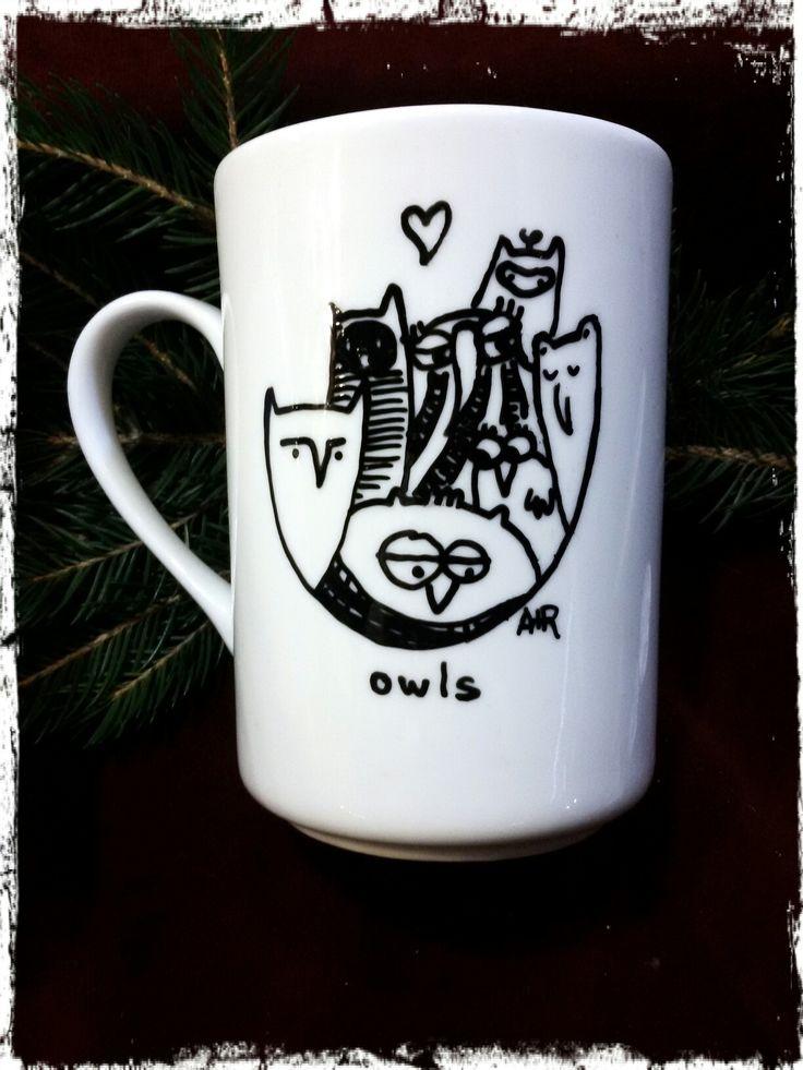 #alepiuros #artillustration #illustration #mugillustration #mug #artwork #handmade #owl #potter