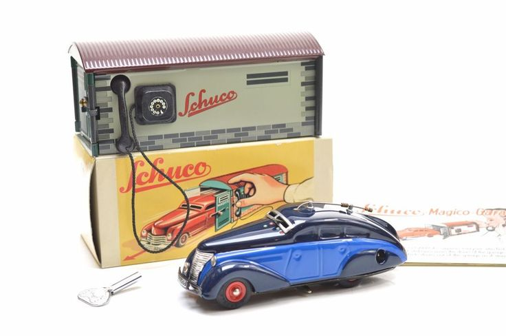 SCHUCO MAGICO 1501 GARAGE & 5000 RADIO CAR