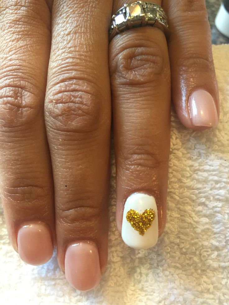 Pink pearl gel with gold glitter heart