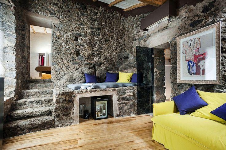 Monaci Delle Terre Nere (Италия). Отель-бутик в старинной винодельне : «Д.Журнал» — журнал о дизайне и архитектуре