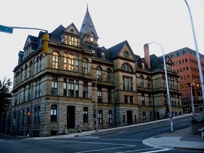 A Halifax City Tour, the City's Connection to the Titantic and the 1917 Halifax Explosion - Travel and Transitions
