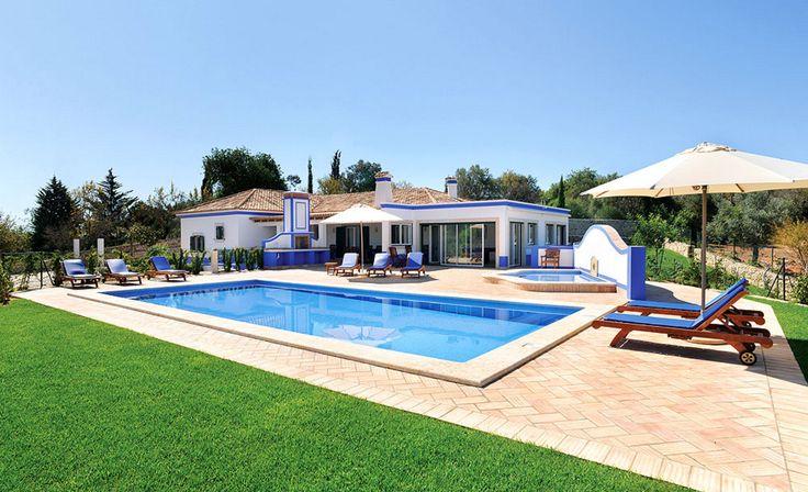 Vakantievilla Malhao - Algarve, Portugal - Moderne villa met  privé zwembad voor 6 personen - mail@xclusivevillas.com of bel: 0031 (0)85 401 0902