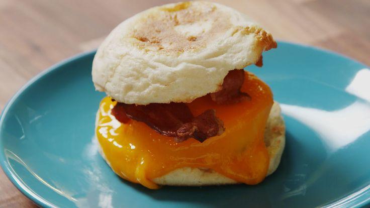 Make-Ahead Bacon & Egg Sandwiches